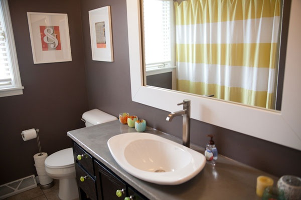 Gray + yellow bathroom