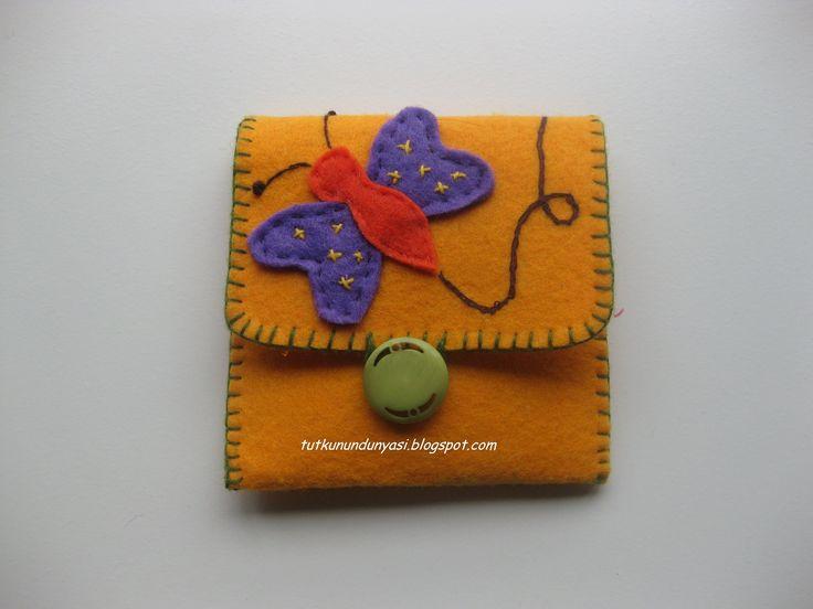Kelebekli keçe cüzdan