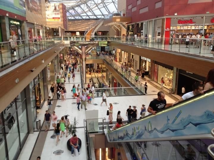 The Mall Athens - Any souvenir you might want can be found here #Athens