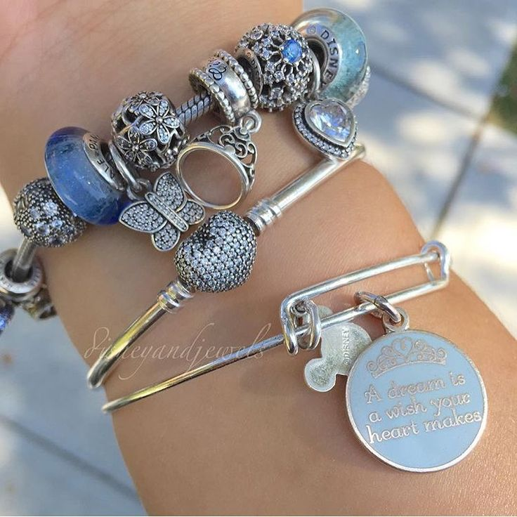 """@disneyandjewels 's picture☺️ Thanks for sharing #my_pandora_story"""
