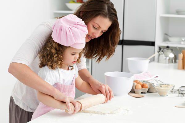 Encontrarás aquí varias actividades fáciles y divertidas que puedes hacer en casa para enseñar  habilidades matemáticas tempranas a tu pequeño en edad preescolar. Te sorprenderá lo fácil que es.