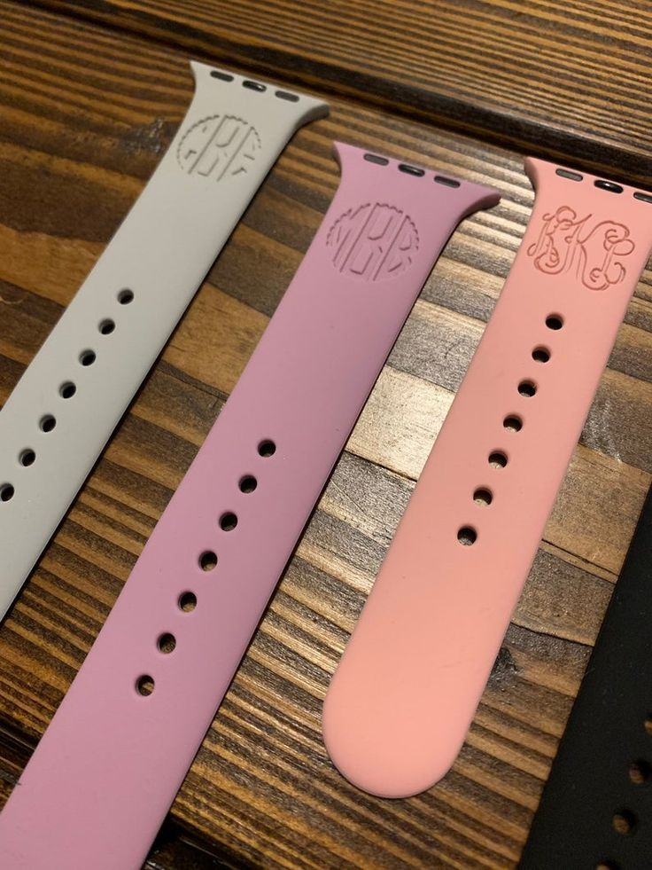 M/L Engraved Apple Watch Band Personalized Silicone Watch