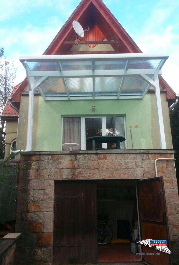 Superb Ein Alu Terrassendach der Marke REXOclassic m x m in wei mit Makrolon Hitzestop CC