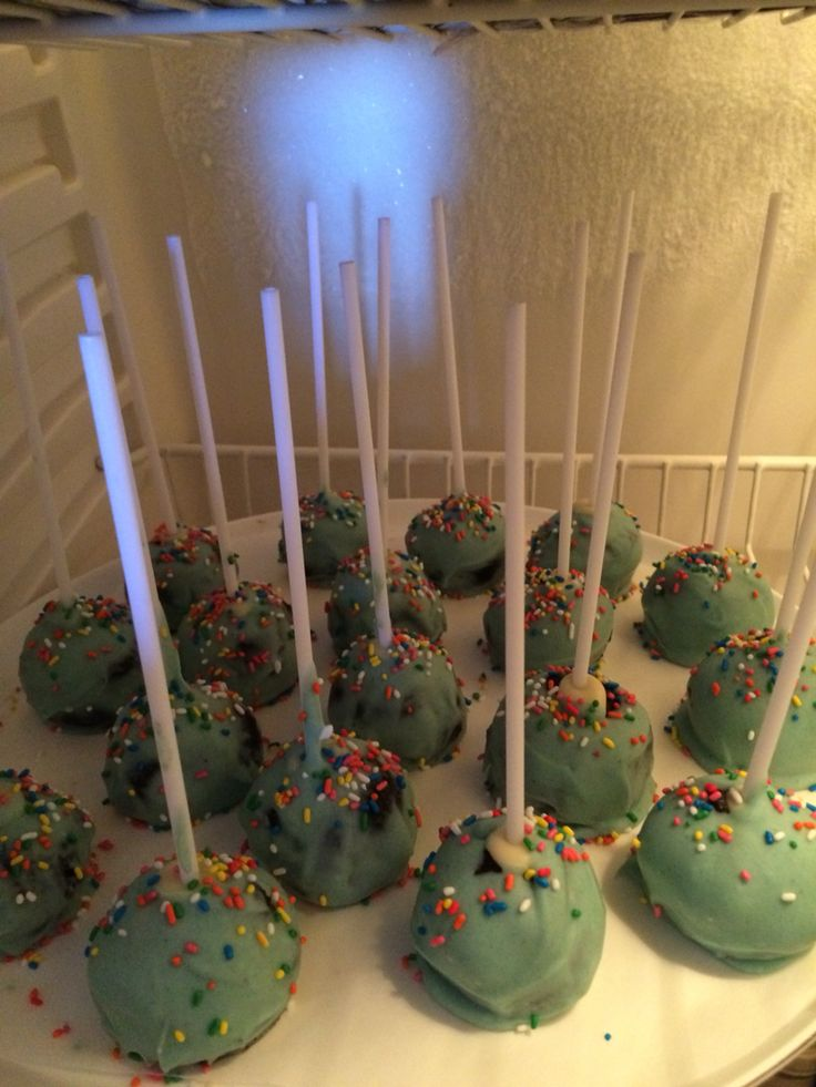Cake pops for the first birthday of my baby boy