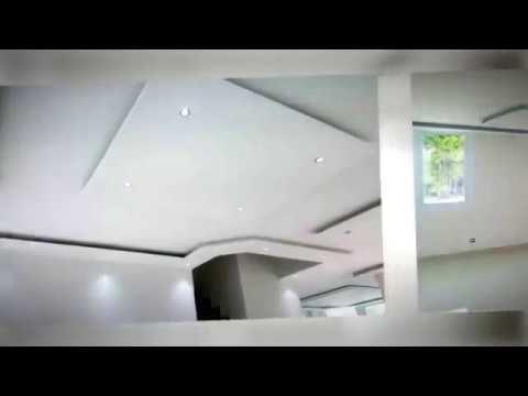 LISTADO NUEVO EN EL MERCADO! *Por favor de ver los 2 Videos antes de llamar* -Casa de Esquina en calle sin salida TOTALMENTE REMODELDA AL MEJOR GUSTO! Facias modrernas con iluminacion doble. Todos sus pisos nuevos, ventanas, closets, puertas, cocina, banos y muchos otros detalles! Amplia y fresca terraza en cemento, piscina de buen diseno y estacionamiento hasta para 9 carros. La propiedada goza de una excelente localizacion ya que no esta pegada a sus vecinos. -Y RECUERDA QUE SI BUSCAS POR…