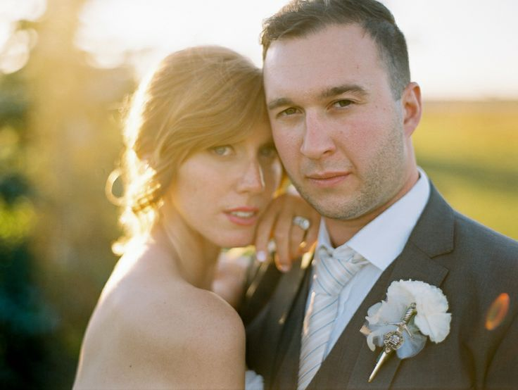 Weddingbells Feature . Mikaela & Eric . Real wedding by Divine Weddings & Events . Scottish outdoor wedding with vintage touches.  http://www.weddingbells.ca/real-weddings/a-romantic-scottish-wedding-in-st-andrews-manitoba/