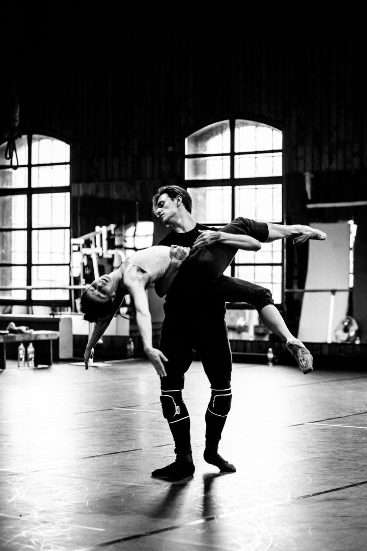 Sergei Polunin and Natalia Osipova in rehearsals for Satori. Photo by Srđan Srđenović
