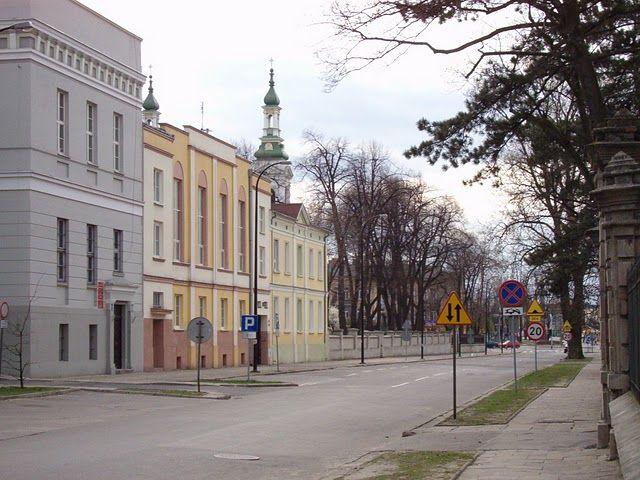 Tomaszów Maz., ul. POW