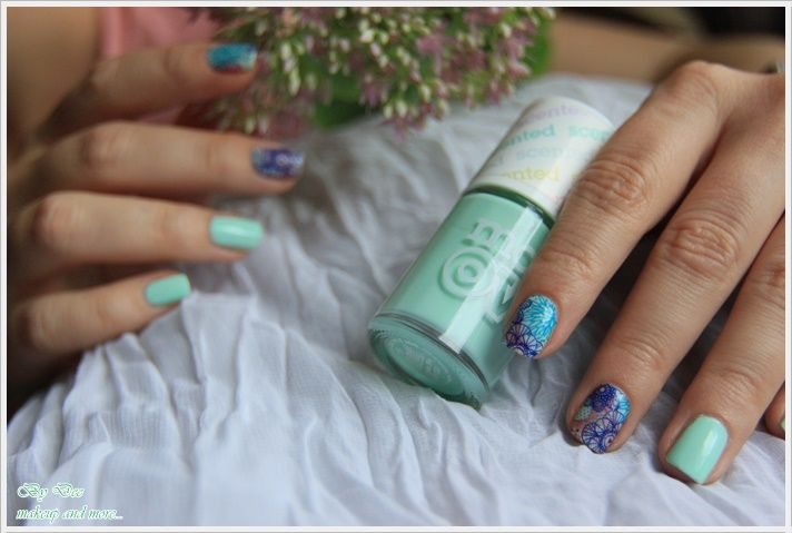 NOTD: Mint and flowers ~ By Dee make-up and more