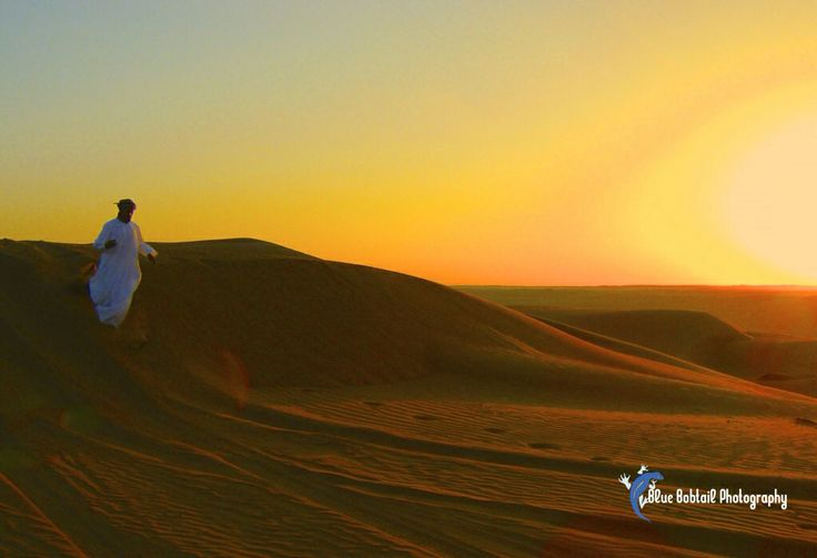 A stunning sunset following some four wheel driving in the desert in Oman #4wd #sand #desert #oman #MiddleEast