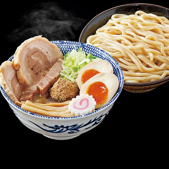 Rokurinsha Cult ramen haunt in Tokyo Station. The Queue: 120 minutes Duration: 2 hours 15 min...