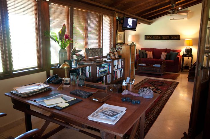 Library at Villa East Indies