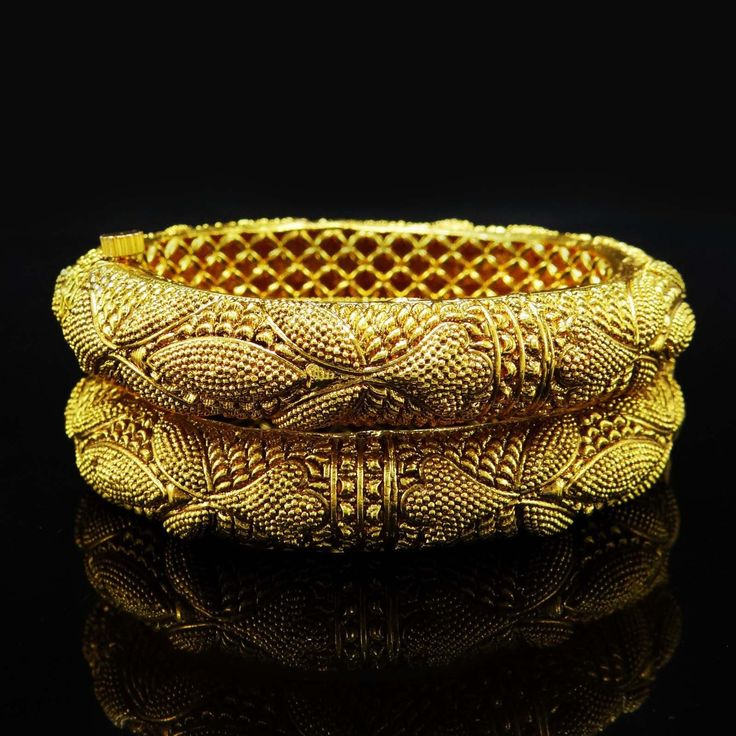 Indian 2Pcs Bollywood Goldplated Bangles
