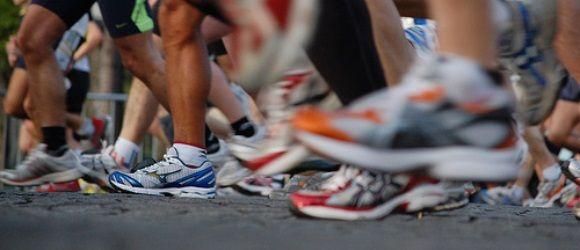Δεν έχετε χρόνο ή αρκετή ενέργεια ή τα σωστά αθλητικά ρούχα και παπούτσια. Δεν έχετε σώμα για τρέξιμο ή σας πονούν οι σύνδεσμοι σας ή μπλα, μπλα μπλα...