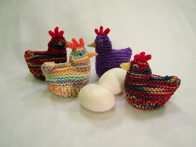 free chicken crochet patterns   Delights-Gems: Easter Egg Cozies