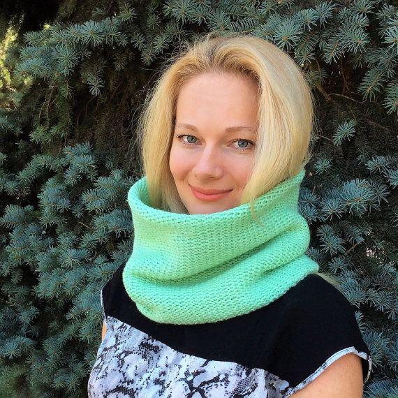 Punto de la bufanda capucha capucha bufanda menta por HitsKnits