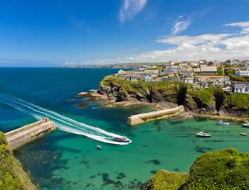 Holiday Parks in Cornwall - Family Holidays in Cornwall, UK