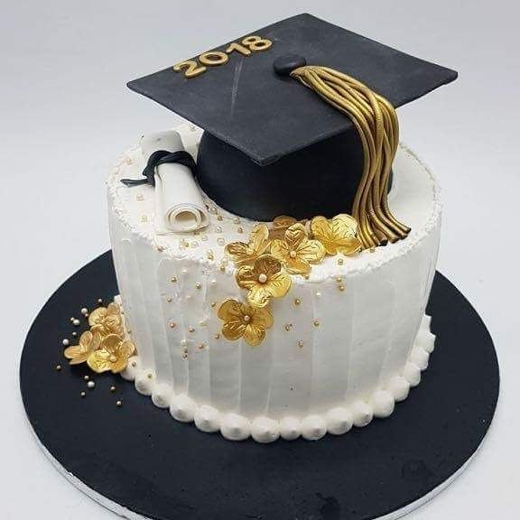 Amazon Com Birthday Gifts For Women Graduation Party Cake College Graduation Cakes Graduation Cakes