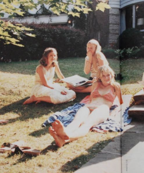 fuckyeahthevirginsuicides:  photographed by Corinne Day for The Virgin Suicides