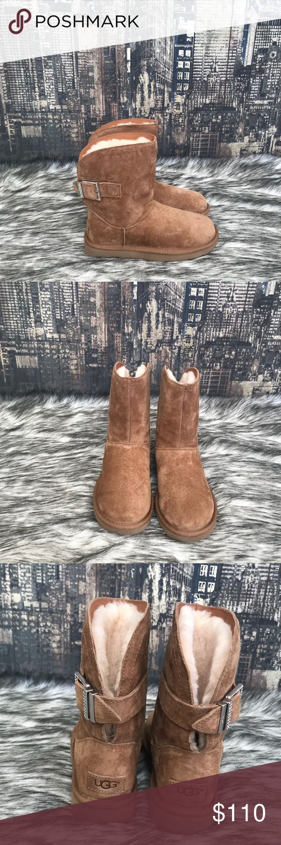 ✨New Women's UGG Remora in Chestnut ✨ ✨Brand New Women's UGG Remora in Chestnut ✨ 🔷 New without tags or box  🔷 100% authentic  🔷 No trades UGG Shoes Ankle Boots & Booties