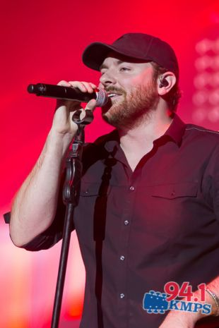 Chris Young at the Evergreen State Fair « Seattle Country Music Radio, News, Artists, Gossip – 94.1 KMPS