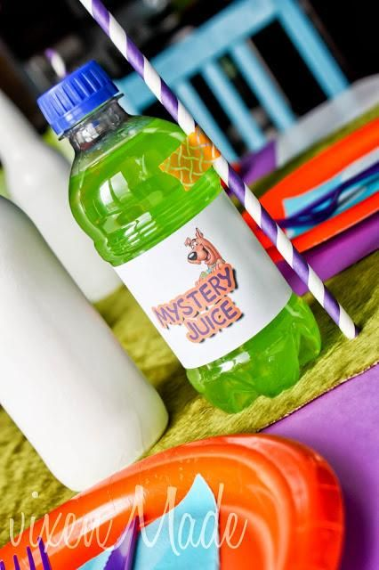 "Scooby Doo themed ""Monster Juice""- A Southern Outdoor Cinema movie snack & food idea for backyard movie night."