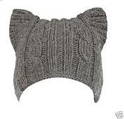 По-моему, уже все, кому не лень, в ru_knitting связали такую шапку )) А некоторые и не одну %)) И меня эта волна подхватила (тем более дитятко затребовало и по несколько раз…