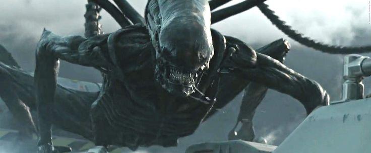 Die Fortsetzung zu Prometheus sieht dem Look nach eher wie ein waschechter Alien-Film aus! Horror pur im neuen Schocker von Regisseur Ridley Scott - Alien Covenant: Xenomorph-Angriff im neuen Trailer ➠ https://www.film.tv/go/36532  #Alien #Covenant #RidleyScott