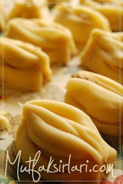 Kravat Tatlısı – Mutfak Sırları – Pratik Yemek Tarifleri