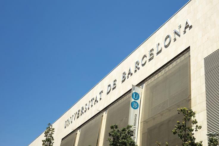 Me Gradué de la universidad de Barcelona con una maestría en derecho.  Me Gradué hace 3 años.