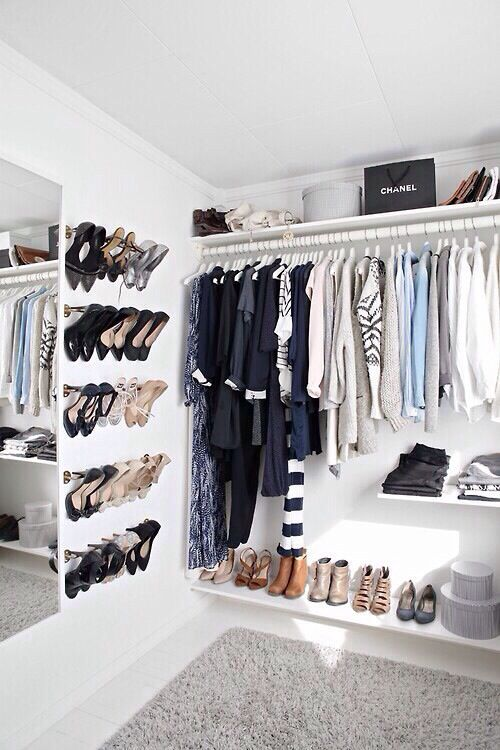 This closet is perfection.