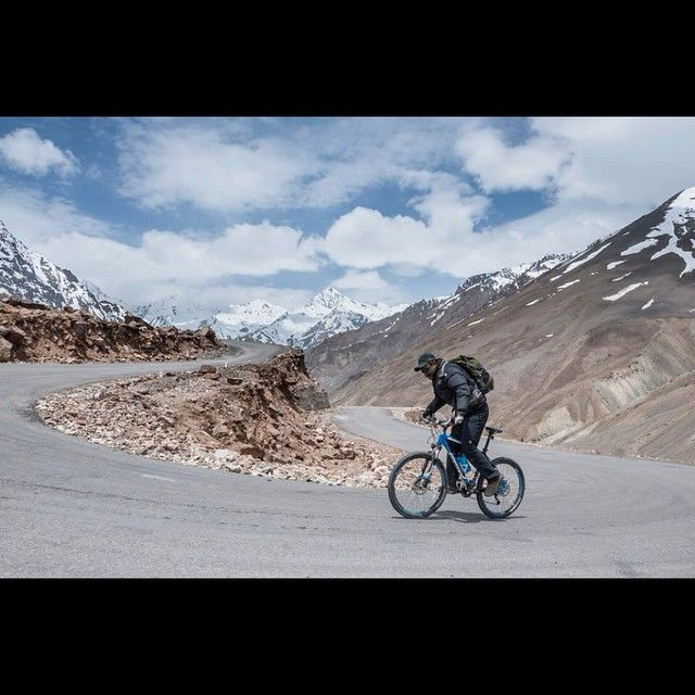 #Cycling in #Himalaya is any day #challenging #work, up hills are tough and downhill is risky. #himalaya #offroad #altitude #adventure #cycling #cyclingcircle #withMunish #snow #hill #mountains #moment #ladakh #leh - #Manali #snow - http://goo.gl/1sF5NS
