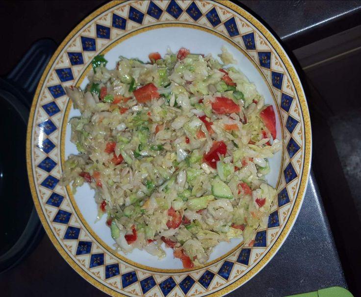 Gemischter Salat / Eisbergsalat / grüner Salat by Moggl on www.rezeptwelt.de