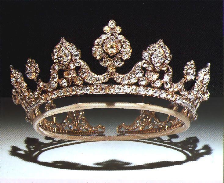 White and Gold Wedding Crown, Bride Tiara. Londonderry tiara