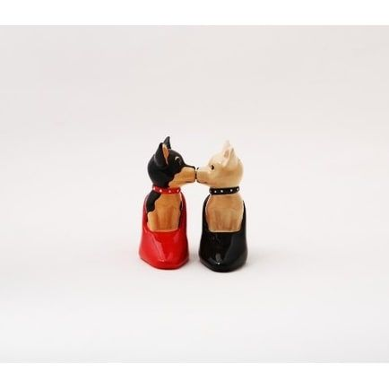 High Hell Chihuahuas Attractives Salt Pepper Shaker