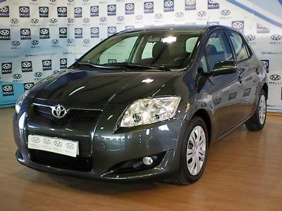 Toyota Auris 2.0 Diesel 62000 Km Gris Año 2009