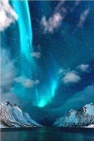 Aurora, N Canada