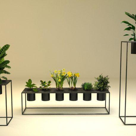 Construidas en metal y plástico, armonizan cualquier espacio gracias a su diseño. Sirve para cultivar plantas ornamentales y de consumo en el hogar.     Producto diseñado y construido artesanalmente en los talleres de OBJ.diseño