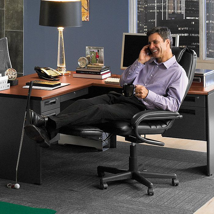 Just chilllin' like a boss in my ergonomic office chair to recliner
