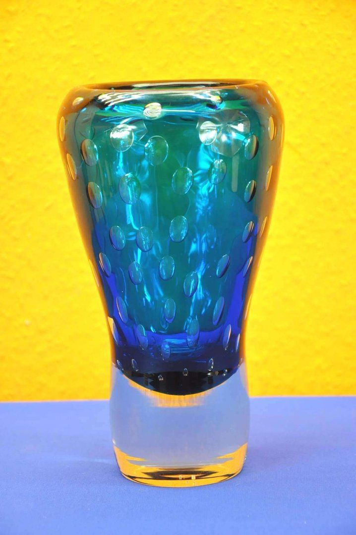 Große schwere Kristallvase mit großen Blasen um 1970