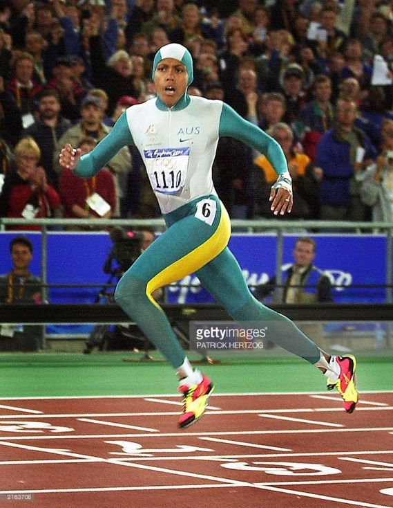 Carrying the pressure of the Australian nation on her shoulder, Cathy Freeman lived up to expectations, winning gold in the 400m. For more inspiring Olympic Moments, Click here; https://www.trueprotein.com.au/16-greatest-olympic-moments