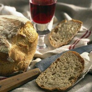 Το ψωμί της πρωτάρας. Δείτε τη συνταγή. http://www.icookgreek.com/%CE%A3%CF%85%CE%BD%CF%84%CE%B1%CE%B3%CE%AD%CF%82/item/%CF%84%CE%BF-%CF%88%CF%89%CE%BC%CE%AF-%CF%84%CE%B7%CF%82-%CF%80%CF%81%CF%89%CF%84%CE%AC%CF%81%CE%B1%CF%82