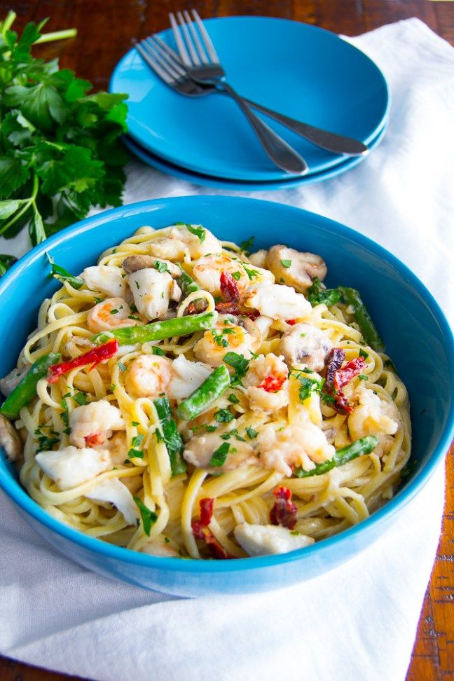 17 Best ideas about Seafood Linguine on Pinterest | Seafood pasta, Shrimp and scallop recipes ...