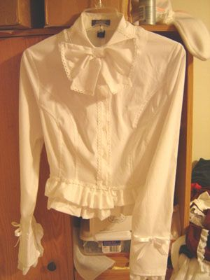 Make a lolita blouse from a plain one!!