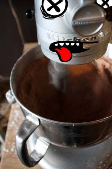 What To Do If Your KitchenAid Stand Mixer Breaks