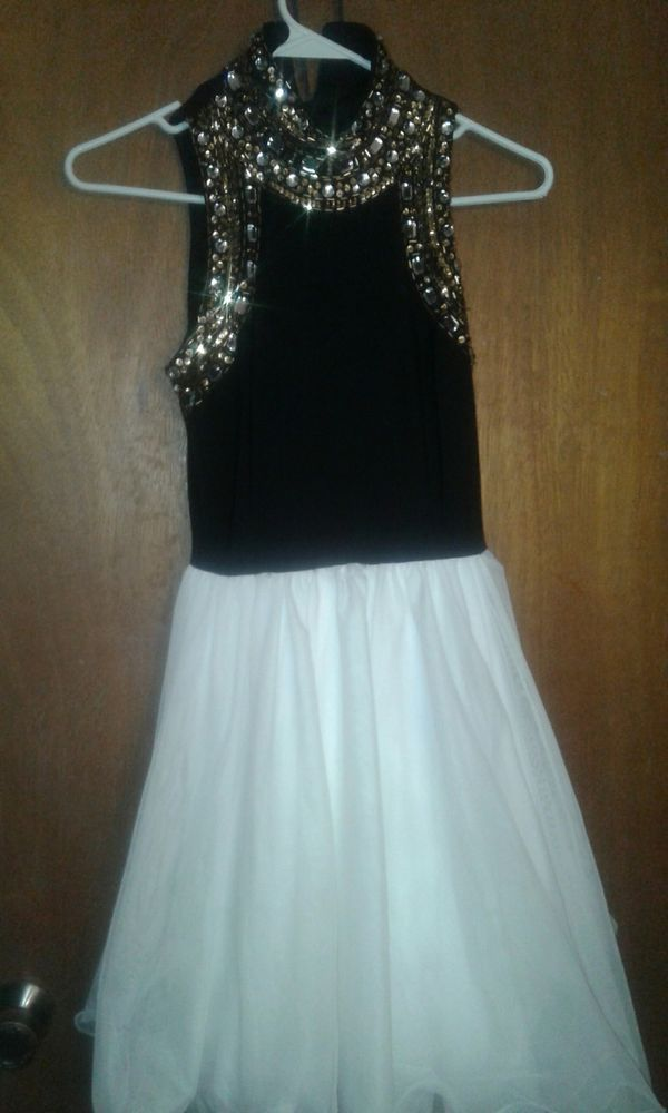 b59fc7ba3f3 BLACK AND WHITE BEADED HALTER TOP DRESS SHORT HOMECOMING DRESS SIZE 1   fashion  clothing  shoes  accessories  womensclothing  dresses (ebay link)