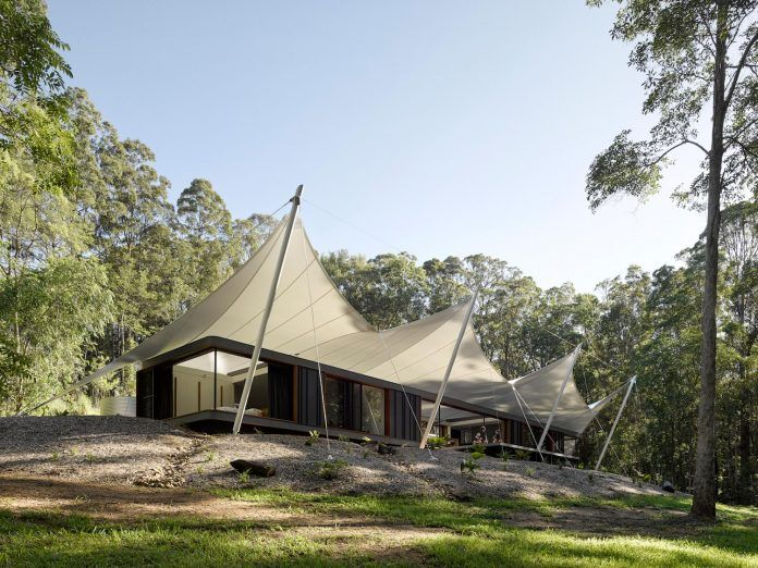 Tent House by Sparks Architects: a 3 bedroom home surrounded by lush tropical wall of trees - CAANdesign | Architecture and home design blog
