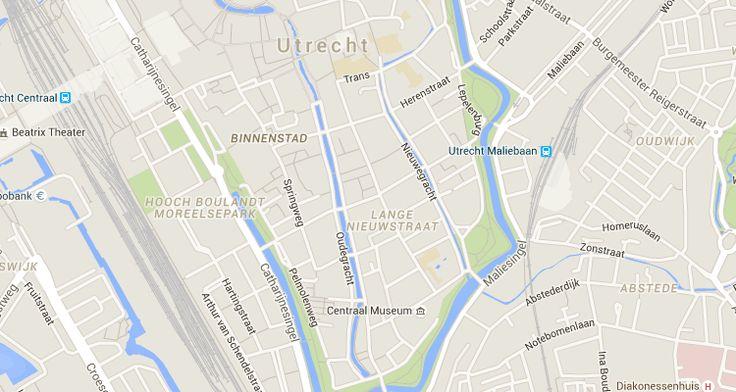 Utrecht | Er zijn veel speeltuinen in de stad te vinden en zo af en toe gaan we niet naar de buurtspeeltuin bij ons om de hoek, maar ontdekken we andere plekjes.Op eenbewolkte dag in de herfstvakantie, gingen Maxime en ik naar speeltuin de Kleine Dom aan de Lange Nieuwstraat. Je moet goed opletten dat je hier …