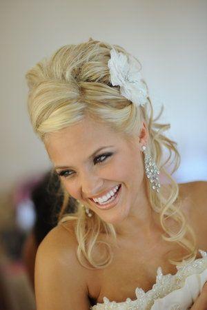 wedding hair: Hair Ideas, Hairstyles, Hair Design, Wedding Hair, Bridesmaid Hair, Color, Prom Hair, Hair Style, Flower
