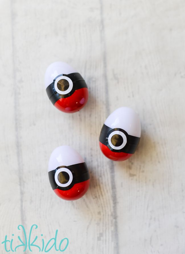 Make these Poke Ball Easter eggs for your Pokemon fan. Gotta find them all!